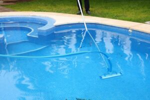 mejor limpiafondos manual para piscinas